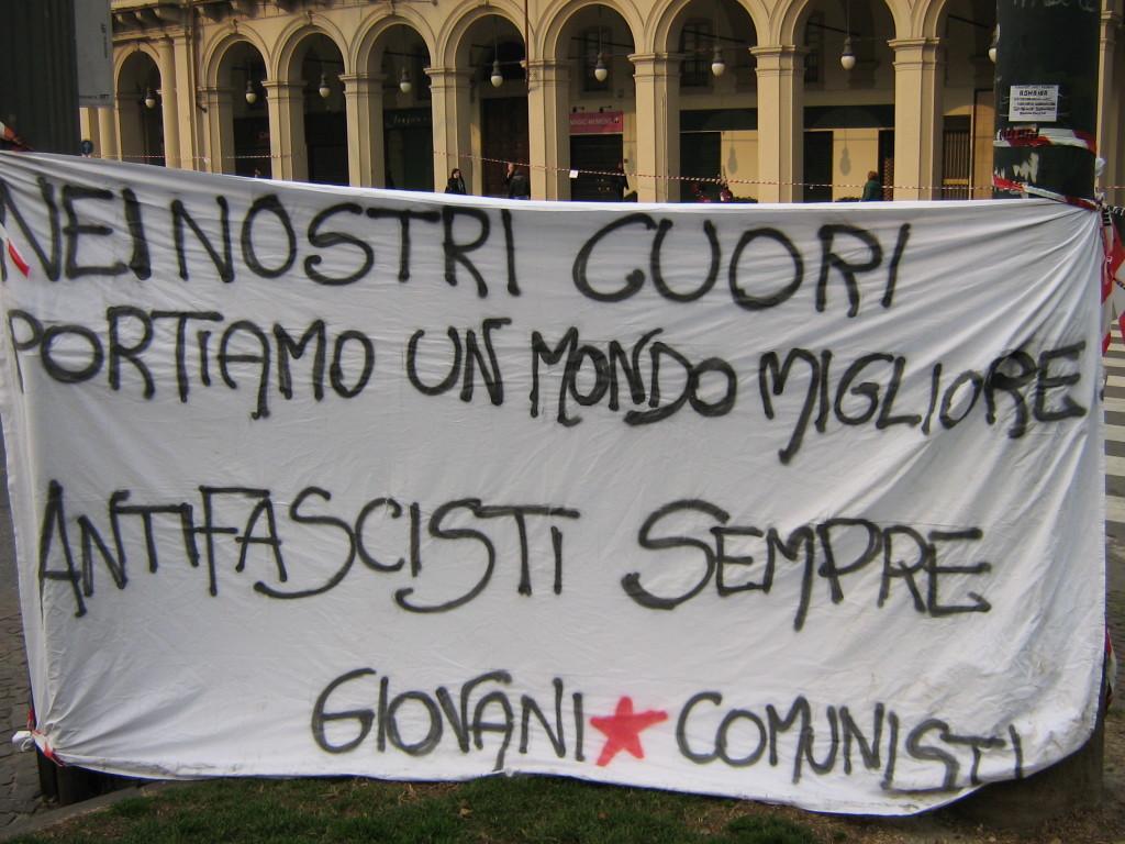 Striscione-antifascista-GC