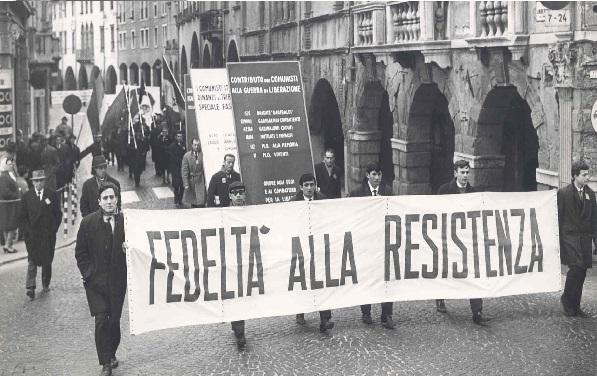 Se la politica rinuncia alla Resistenza